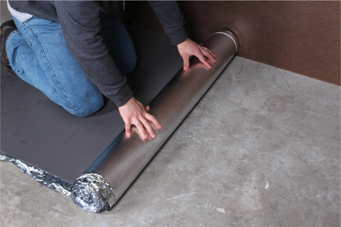 How to Install Vapor 3-in-1 Silver Underlayment - Unroll your underlayment