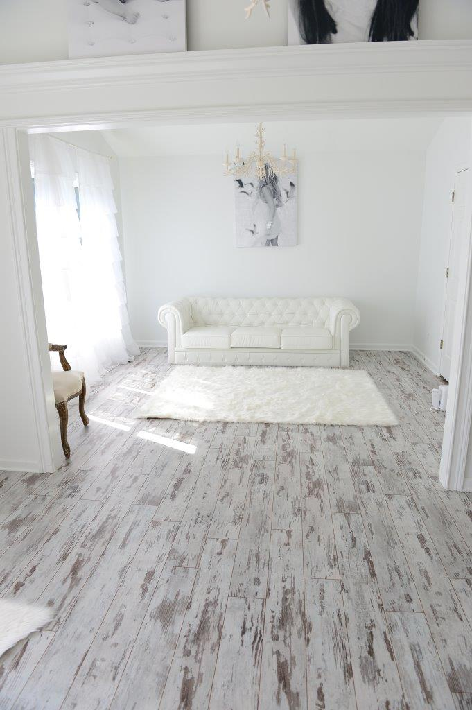 White Washed Oak Laminate Flooring