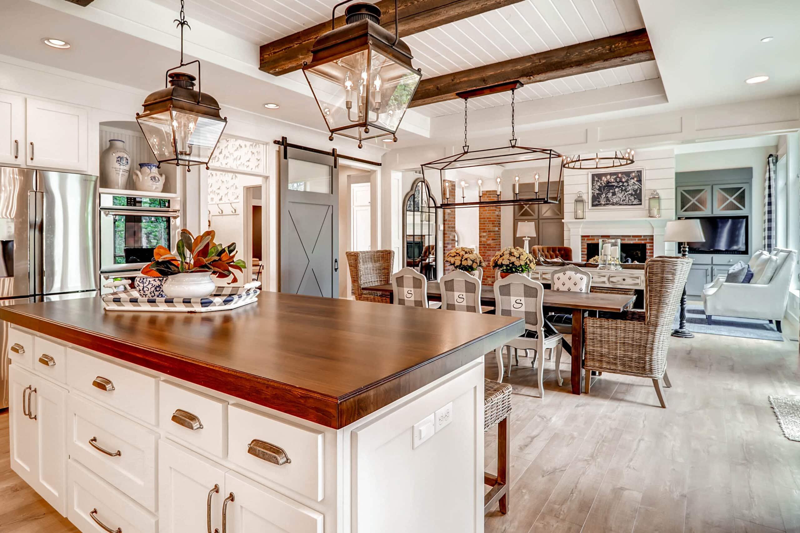 5930 Gladstone St Colorado-print-013-39-Breakfast Area2-2700x1799-300dpi