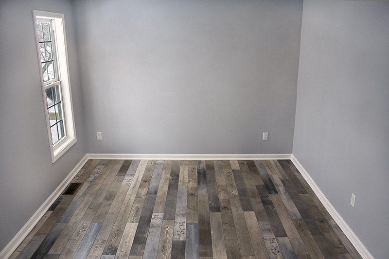 Coastal House Flip With Gorgeous Relcaimed Laminate Floors