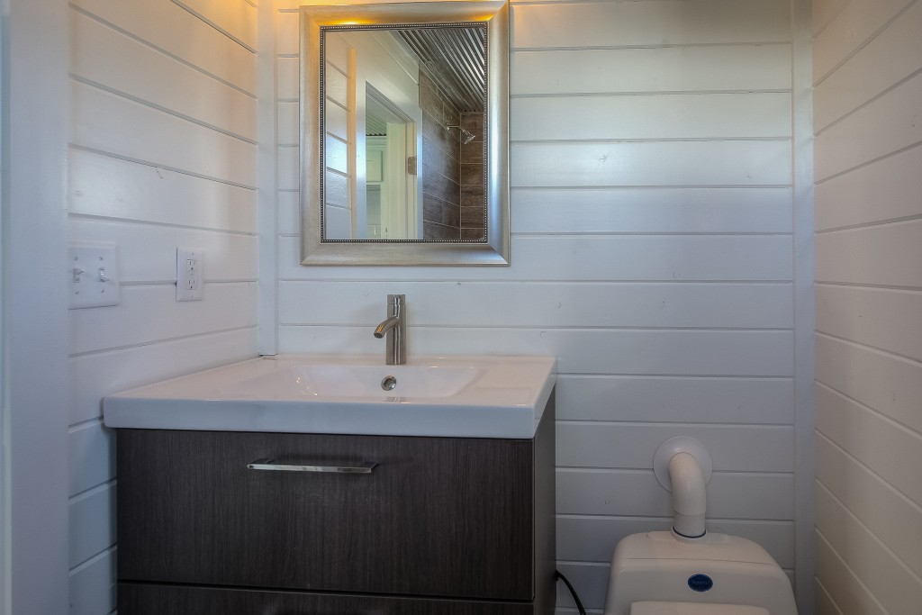 Container Homes - Unit B-27