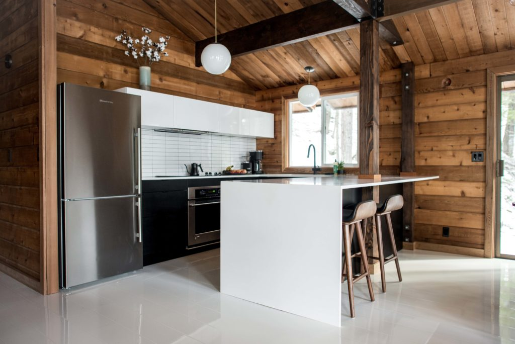natural uno white high gloss kitchen design interior | White High Gloss Laminate Flooring Sets the Stage in This ...