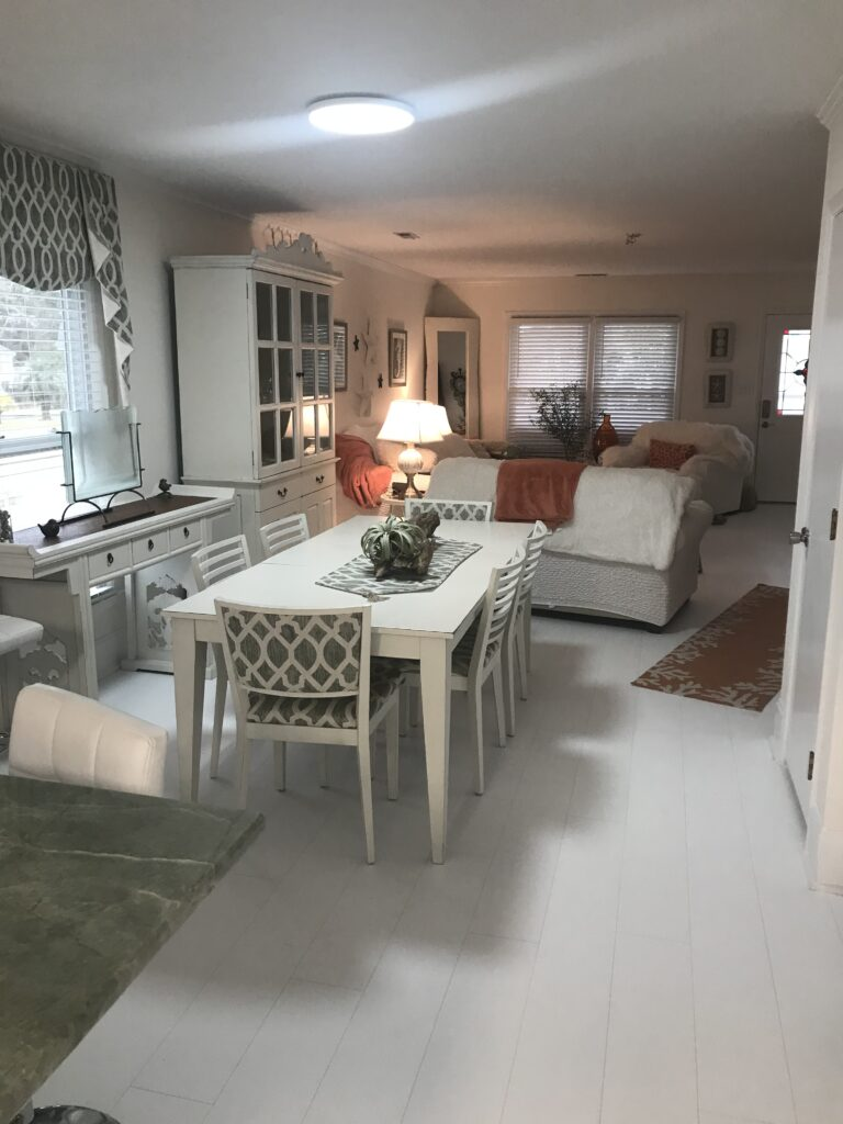 coastal home dining room