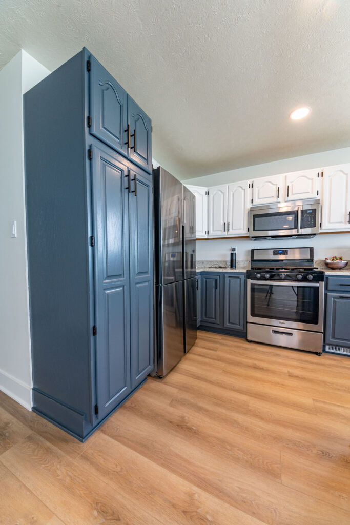 lake house flooring kitchen