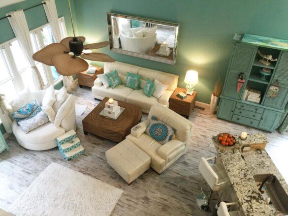 Coastal Living Room With Classen Fresco Adventure Line Laminate Flooring bl-000356