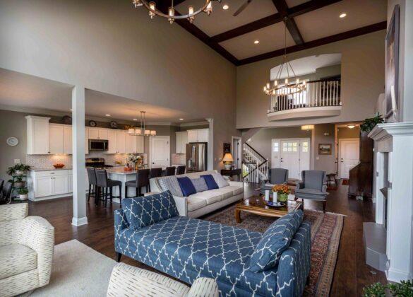 Spacious Living Room With Dark Chocolate Laminate Flooring bl-000689