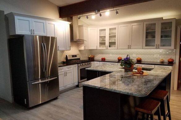 Contemporary White Kitchen With Quick Step Envique Gable Oak Laminate Flooring